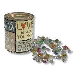 פחית ליום האהבה עם סוכריות